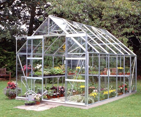 Halls Magnum Greenhouse