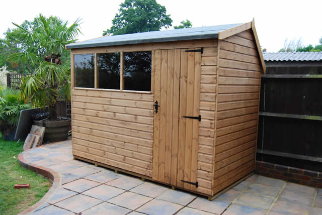 Wooden Garden Shed and Summerhouse Maintenance
