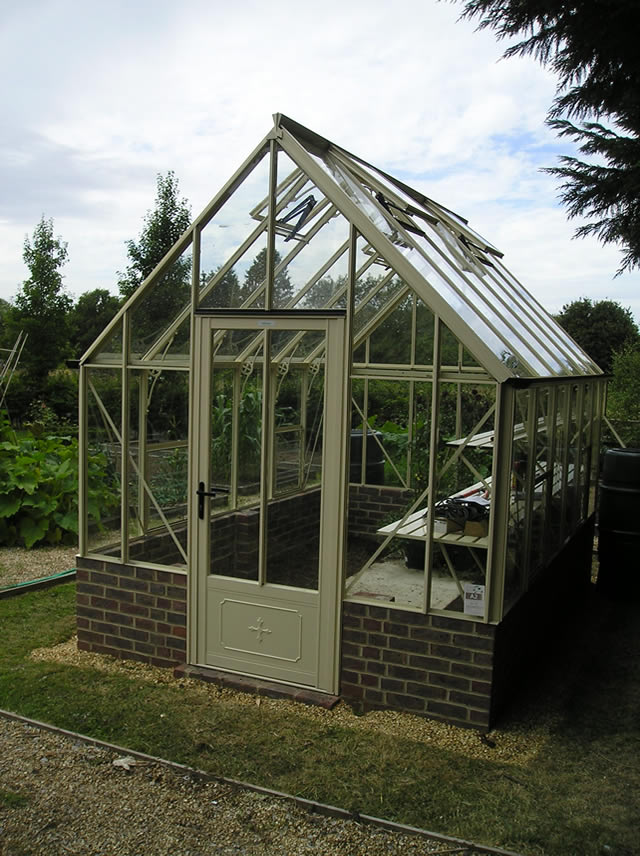 Robinsons Victorian Greenhouse Installation