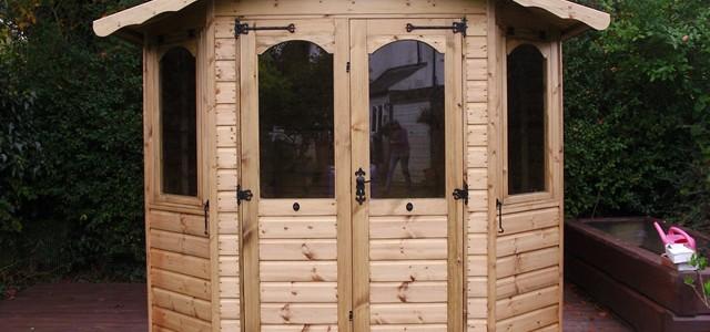 8x8 Regency Bowness Summerhouse Installation in Horsham