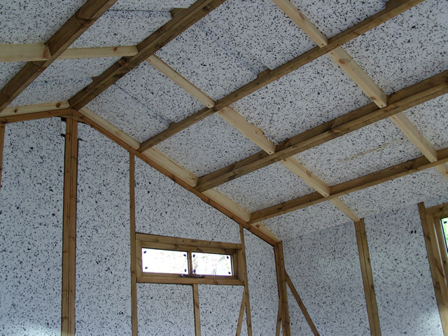Insulation of garden building roof right hand side