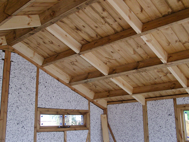 Right hand roof before insulation