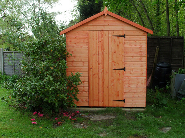 Cousins conservatories garden buildings 8 x 6 apex for Garden shed installation
