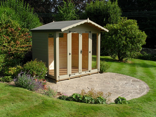 Regency Helmsley Summerhouse Installation