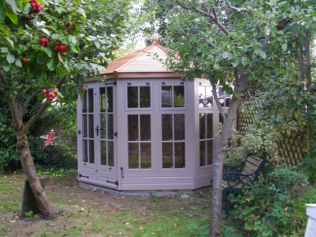 regency-kingstone-summerhouse-installation