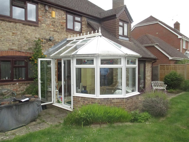 old-5-bay-victorian-conservatory-to-be-replaced