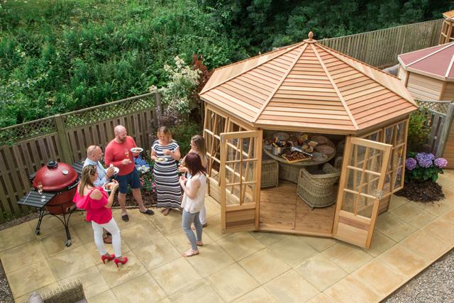 Alton Broadwell Cedar Summerhouse