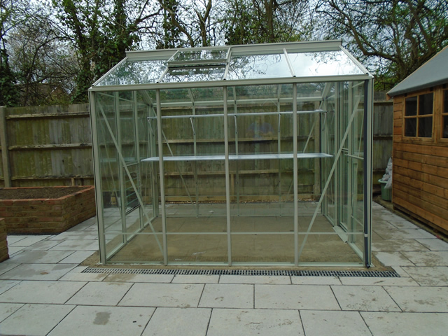 Gale Side View Greenhouse
