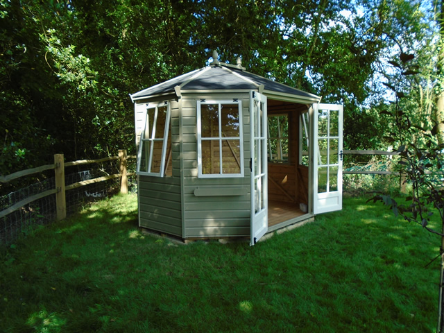 James Regency Wingrove 10 x 8 Summerhouse