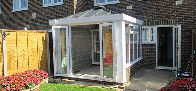 External View of Loggia Conservatory Installation - Morum