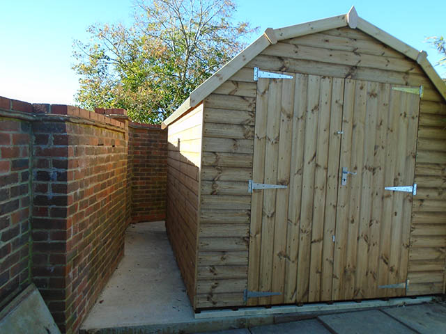 Thomas 10 x 8 Regency Barn Installation in Horsham