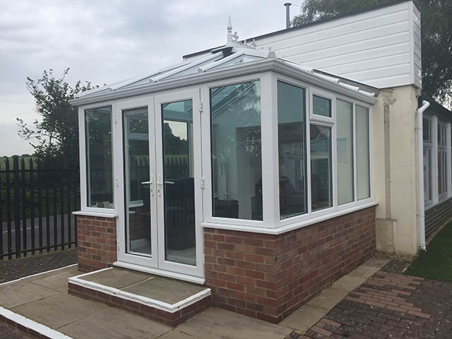 Cousins 12495 Offer Conservatory