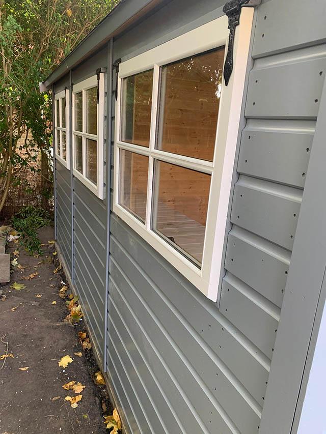 12x8 Regency Grande Close up of Windows
