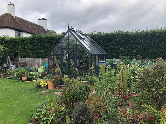Large Robinsons Rushmore Greenhouse in Anthracite Grey