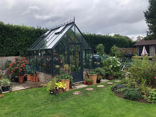 Robinsons Rushmore Greenhouse Installation in Horsham