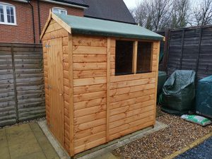 Apex Powershed Installation in Broadbridge Heath 6ft x 4ft - Smith