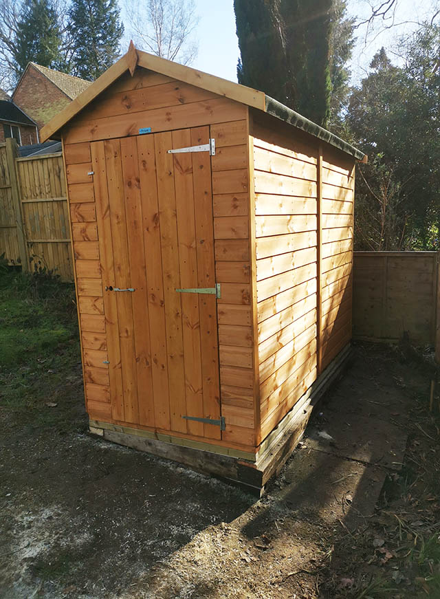Installation of a Power Apex 8x4 Shed - Grinsted