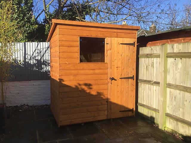 Malvern Bewdley Pent Shed Installation - Hines