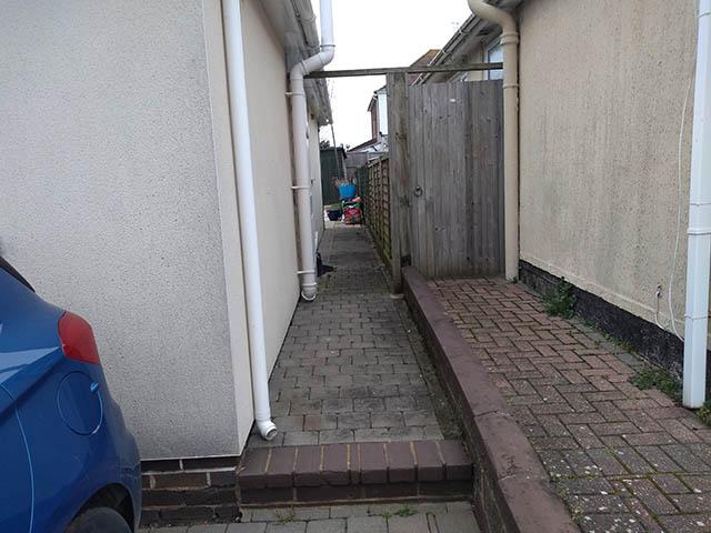 Garden Access Survey Picture - Hughes