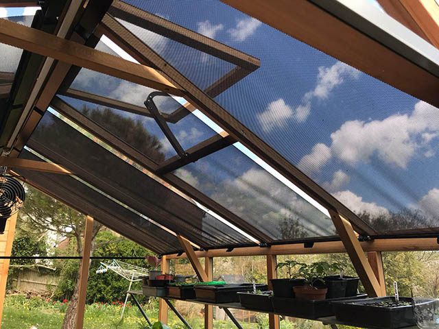 Roof Blinds Installed on to a Alton Eight Greenhouse - Gardiner (2)