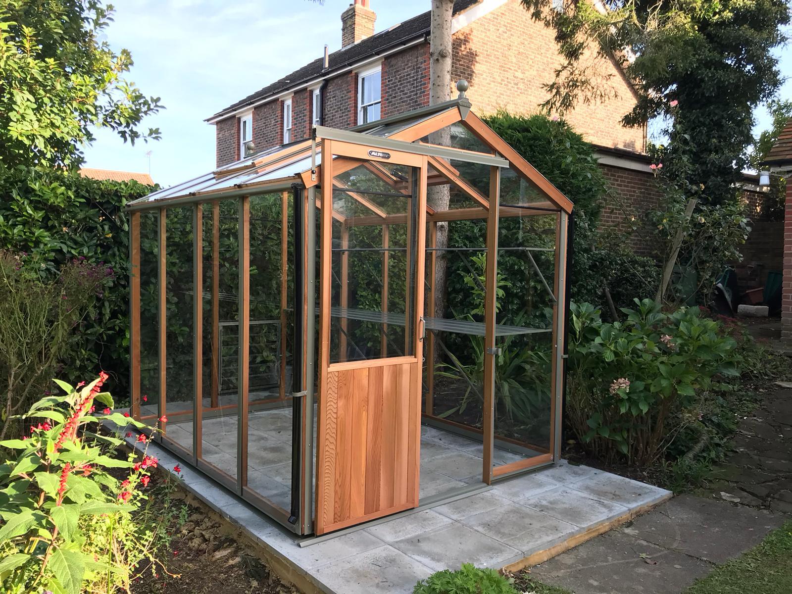 8ft x 6ft Alton Greenhouse Installation - Magson